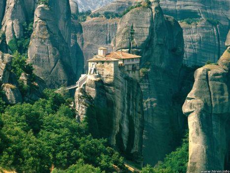 roussanou-monastery_meteora_greece